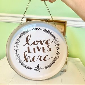 Hobby Lobby Accents - 𝙵𝚊𝚛𝚖𝚑𝚘𝚞𝚜𝚎 Metal Hanging Plate Rustic